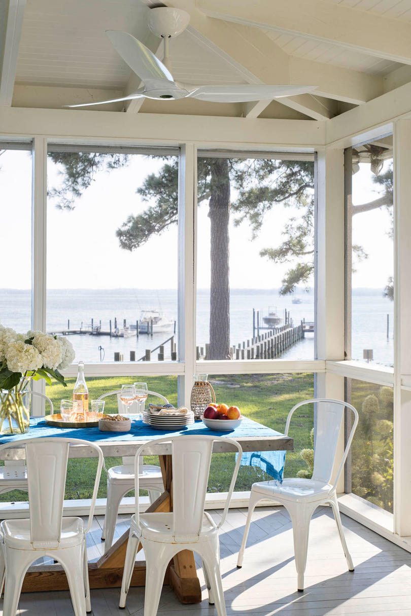 Breezy Outdoor Dining Room