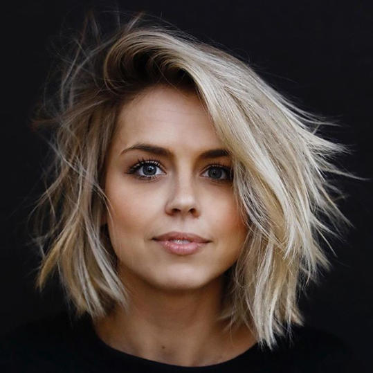 The Three Most Flattering Haircuts for Round Faces