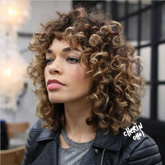 RX_1808_Fall 2018 Hairstyles_Curly Bangs