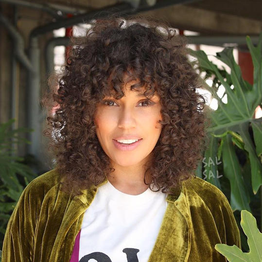 The Best Medium-Length Naturally Curly Hairstyles