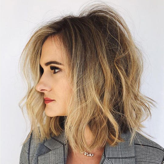 12 Of The Most Flattering Medium Hairstyles For Thick Hair