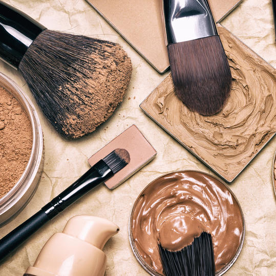 How to fix cakey makeup