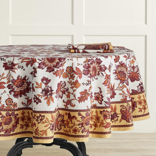 Pretty Thanksgiving Tablecloths 2019 Southern Living