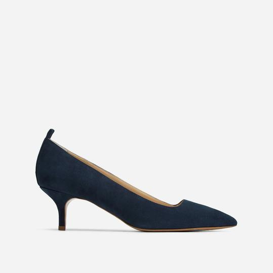Everlane Kitten Heels in navy