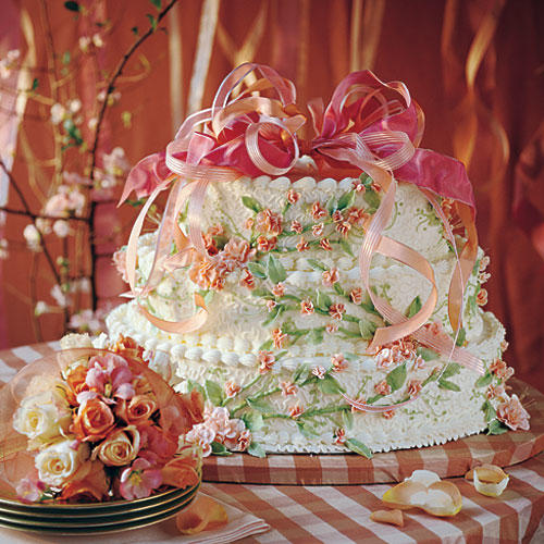 Peaches-and-Cream Wedding Cake