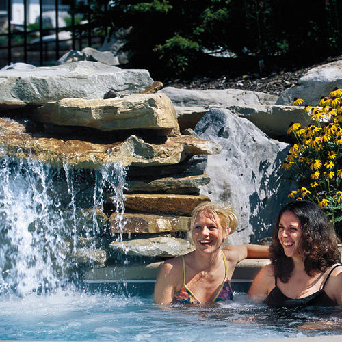 women in hot tub at snowshoe mountain resort