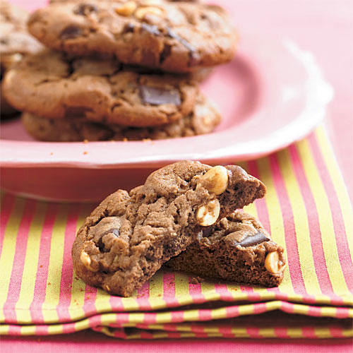 Soft and Delicious Peanut Butter Cookies - Southern Living