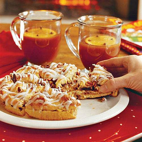 Brunch Recipes: Holiday Cream Cheese Coffee Cake Recipes
