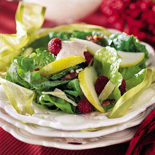 Thanksgiving Dinner Side Dishes: Pear Salad with Raspberry Cream