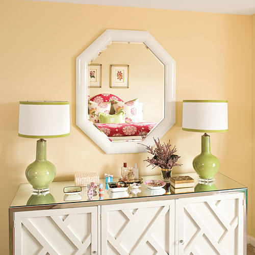 Apartment Decorating: Enlarge a Space With Mirrors
