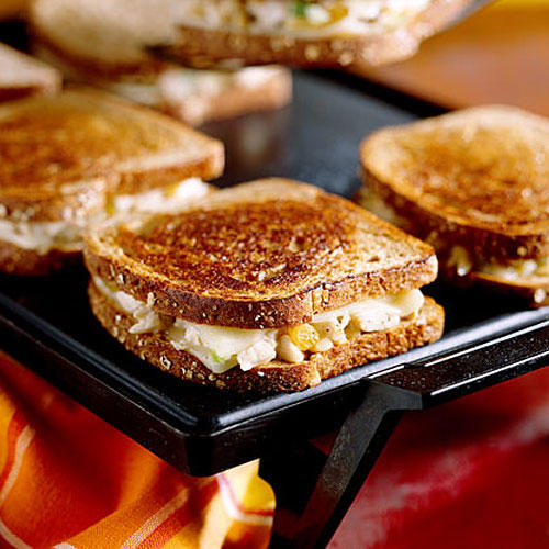 Kid-Friendly Chicken: Grilled Chicken 'N' Cheese Sandwiches