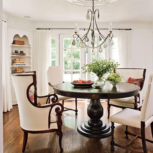 Southern Living Living Rooms: Classic Farmhouse Decorating