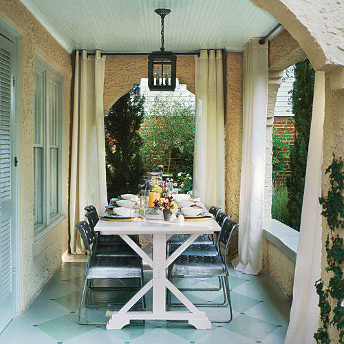 Simple Chic Porch Outdoor Dining