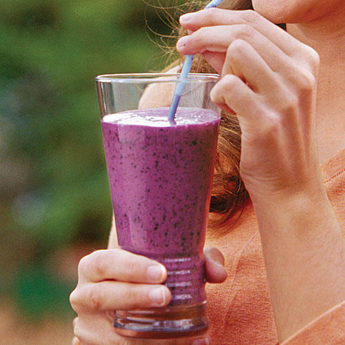 Fresh Blueberry Recipes: Blueberry Soy Shakes