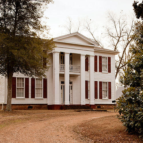 See The Sound and the Fury House