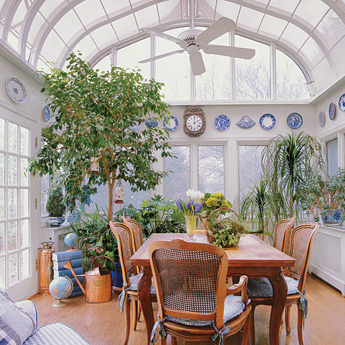 Stylish dining room decorating ideas southern living for Conservatory dining room design ideas