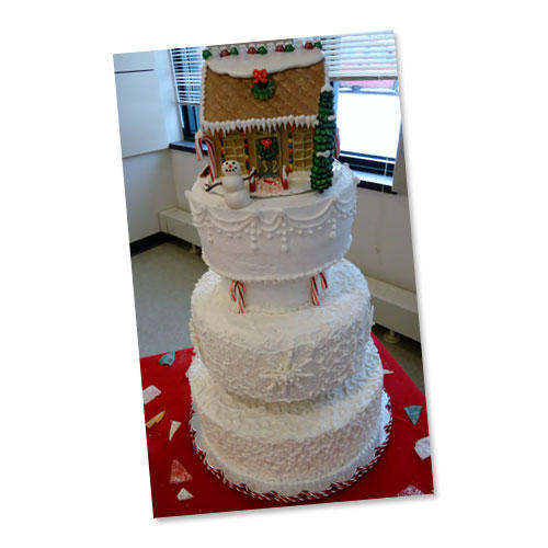 Christmas cake off southern living for Amy ruth s home style southern cuisine
