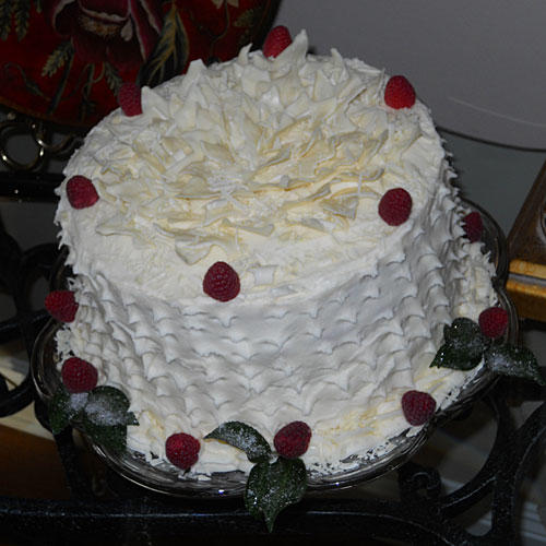 White Chocolate-Raspberry Cake