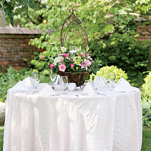Wedding table ideas southern living ornate centerpiece junglespirit Image collections