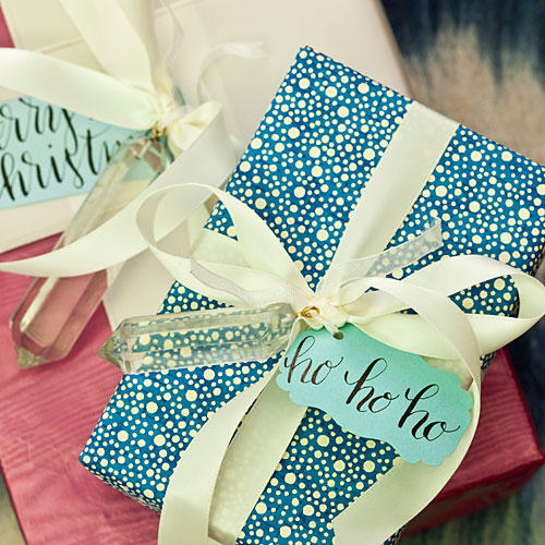 1212 Blue Christmas - Gifts