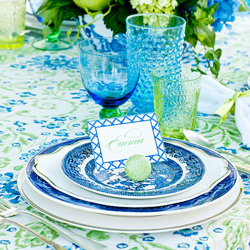 The Place Setting. Blue Willow transferware ...  sc 1 st  Southern Living & Spring Porch Table Setting Ideas - Southern Living