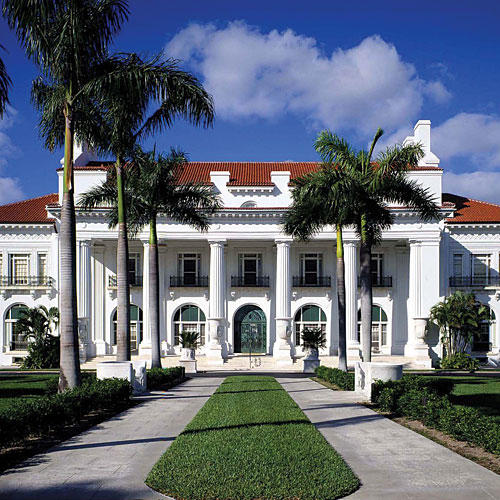 Tour the south 39 s best historic homes southern living for Southern homes florida