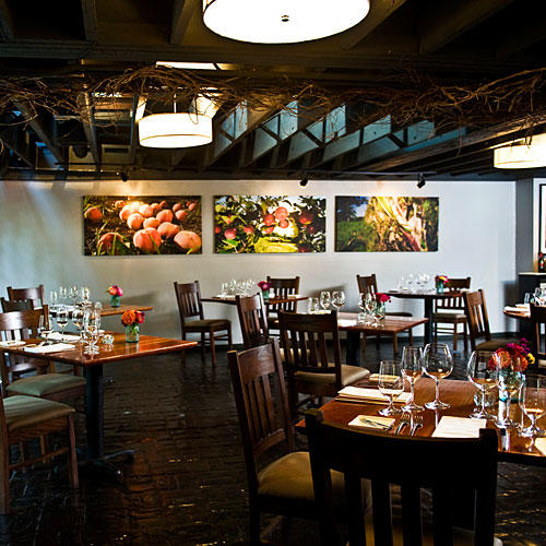 The south 39 s best new restaurants in 2013 southern living for Fish restaurants louisville ky