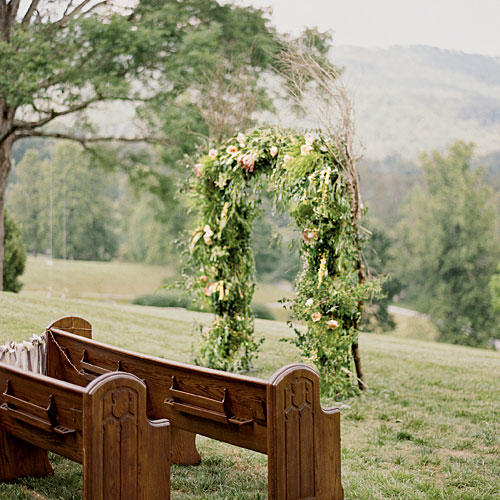 Outdoor Wedding Arches For Weddings: Beautiful Wedding Arches