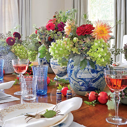 Thanksgiving Table Arrangements: Tried & True Thanksgiving Table Setting