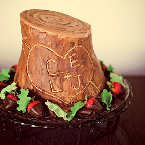 Tree Trunk Grooms Cake