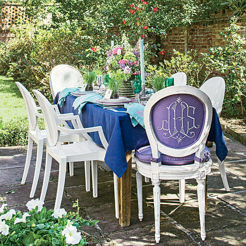 1405 Purple Party Table