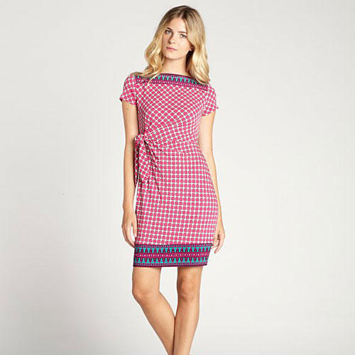 Magenta Diamond Patterned Boat Neck Dress