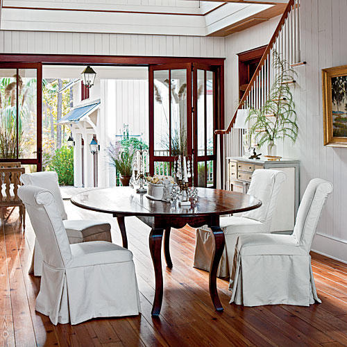 Southern Living Living Rooms: Gather 'Round The Dining Room Table