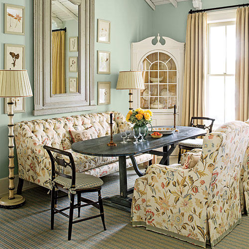 Southern Living Room: Gather 'Round The Dining Room Table