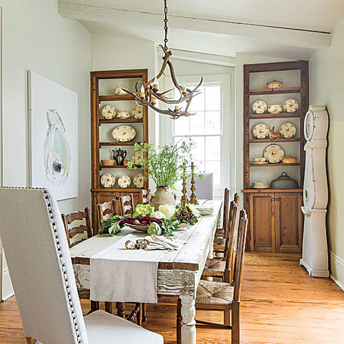 Southern Living Living Rooms: Simply Beautiful Farm Tables