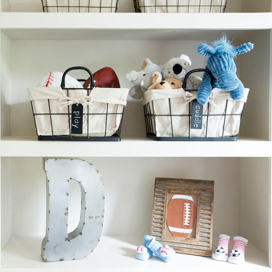 Nursery Shelf with Metal Letter