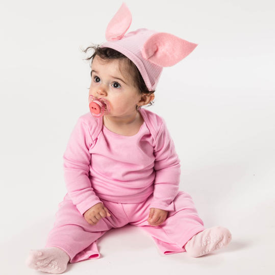 Diy halloween costumes for kids southern living halloween costume pig solutioingenieria Gallery