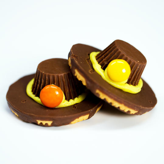 RX_1115-Chocolate Pilgrim Hats for Thanksgiving