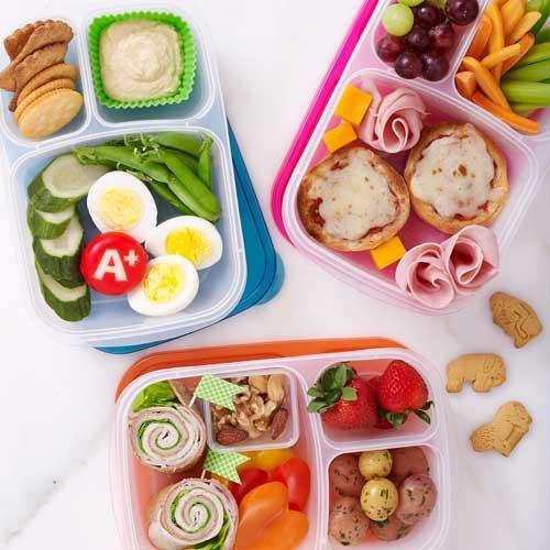 pack lunch in a divided lunch box
