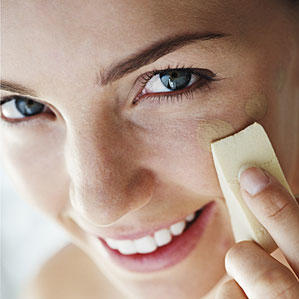 Anti-aging foundations that hide and cover wrinkles