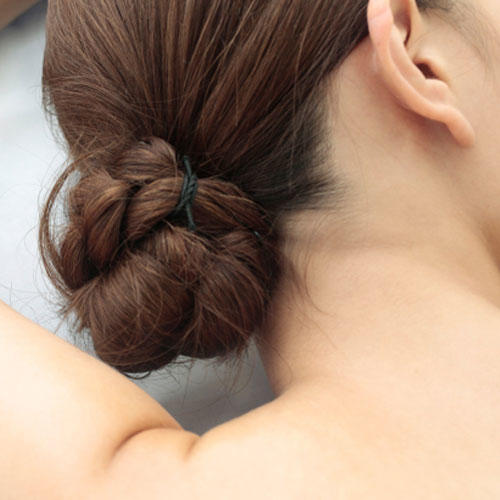 RX_1706_Sweatproof Hair Tips Every Southern Woman Needs_Mix up your styling