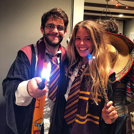 RX_1610_Celeb Halloween Costume_Thomas Rhett and Lauren Akins