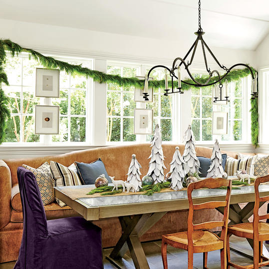 Dana Wolter Christmas Dining Room