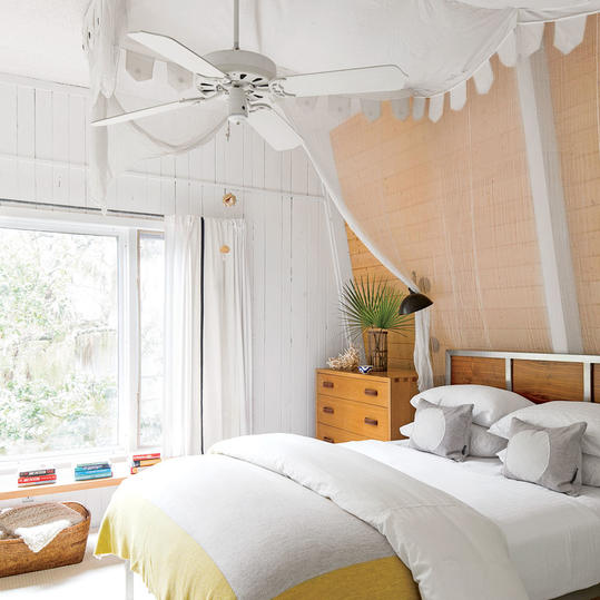Lisa Sherry Island Bedroom