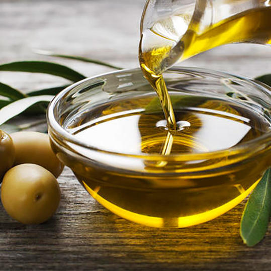 RX_1703_Foods to Stop Buying and to Eat More_Extra virgin olive oil