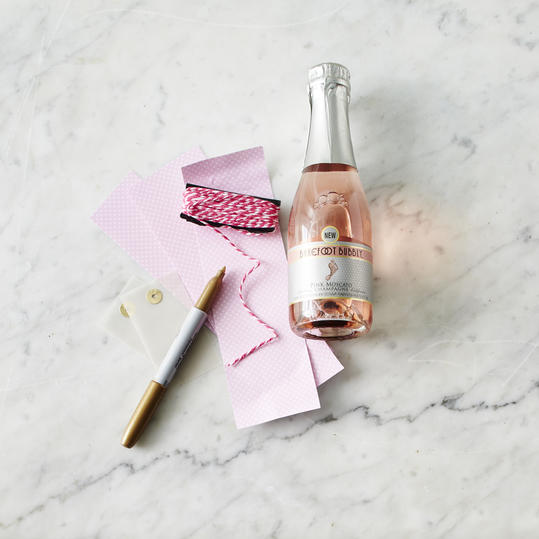 How-To: Mini Bottles of Champagne