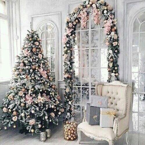 Glam Pink Tree With Matching Garland