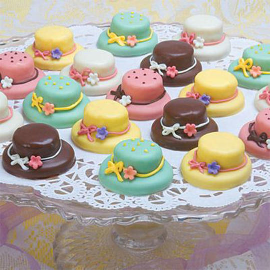 Mini Derby Hat Cakes