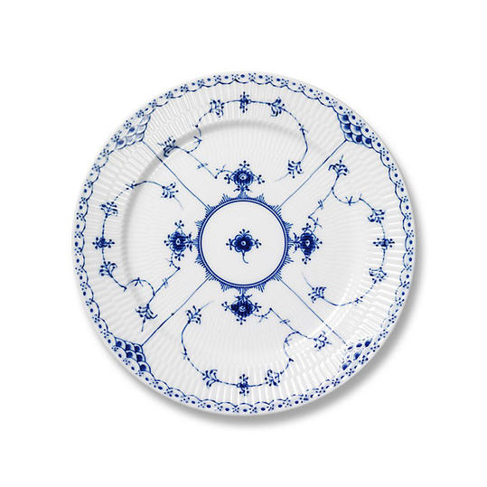 RX_1909_Personality China Patterns_Royal Copenhagen 'Blue Fluted Lace'