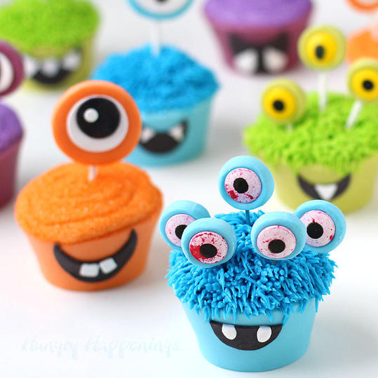 via Smiling Monster Cupcakes